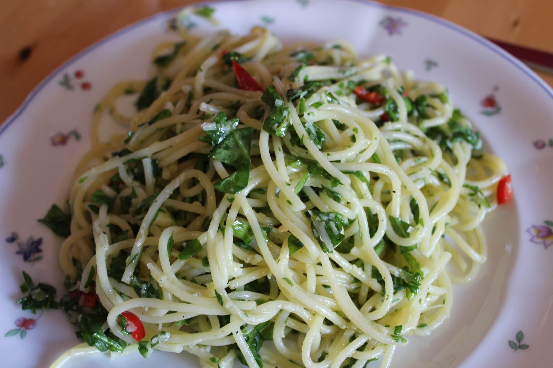 Rucola-Pasta mit Peperoni-Zitrone oder Fronkreich, Fronkreich