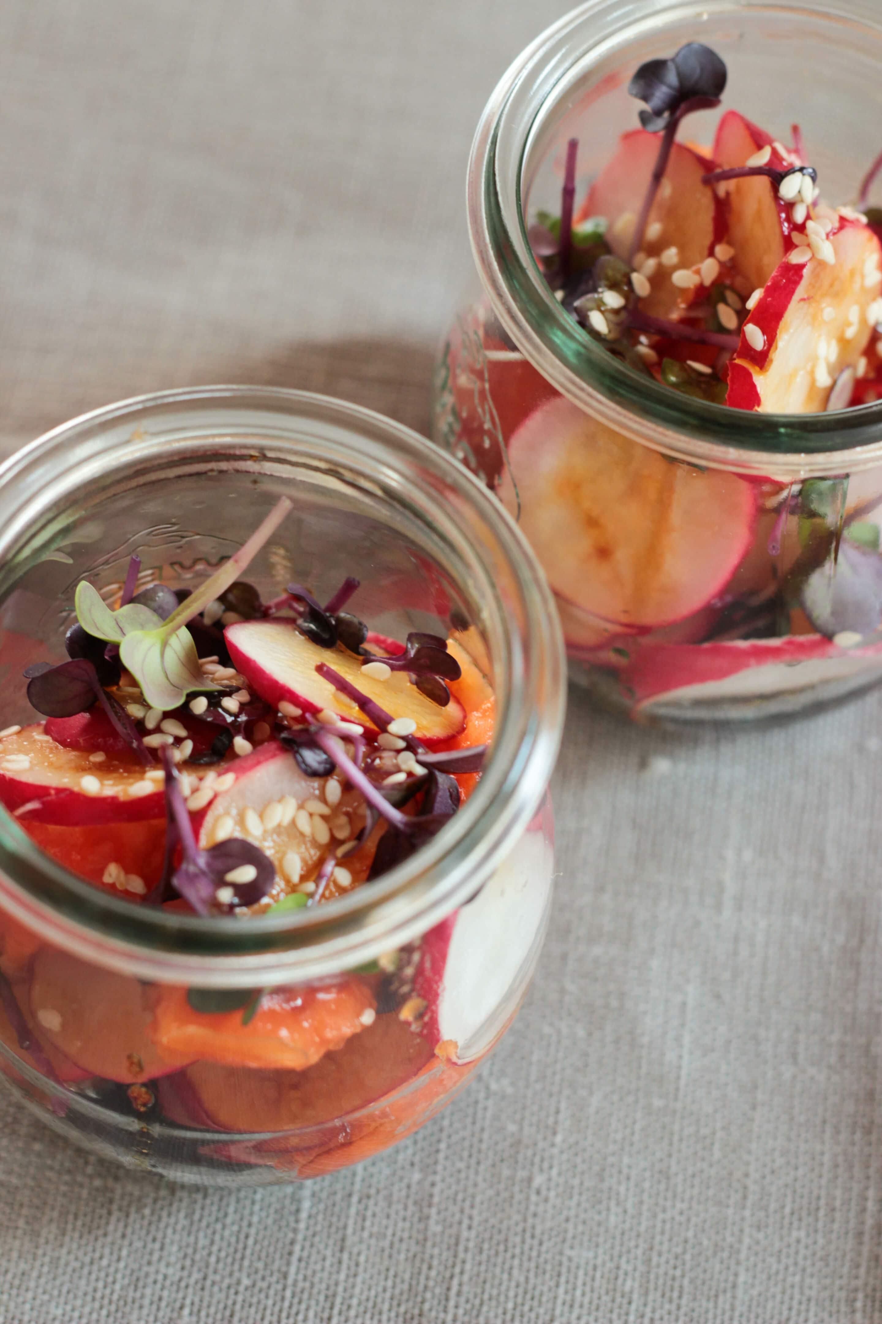 Radieschen-Papaya-Salat mit Rote-Rüben-Kresse oder zu Gast bei Sarahs Krisenherd