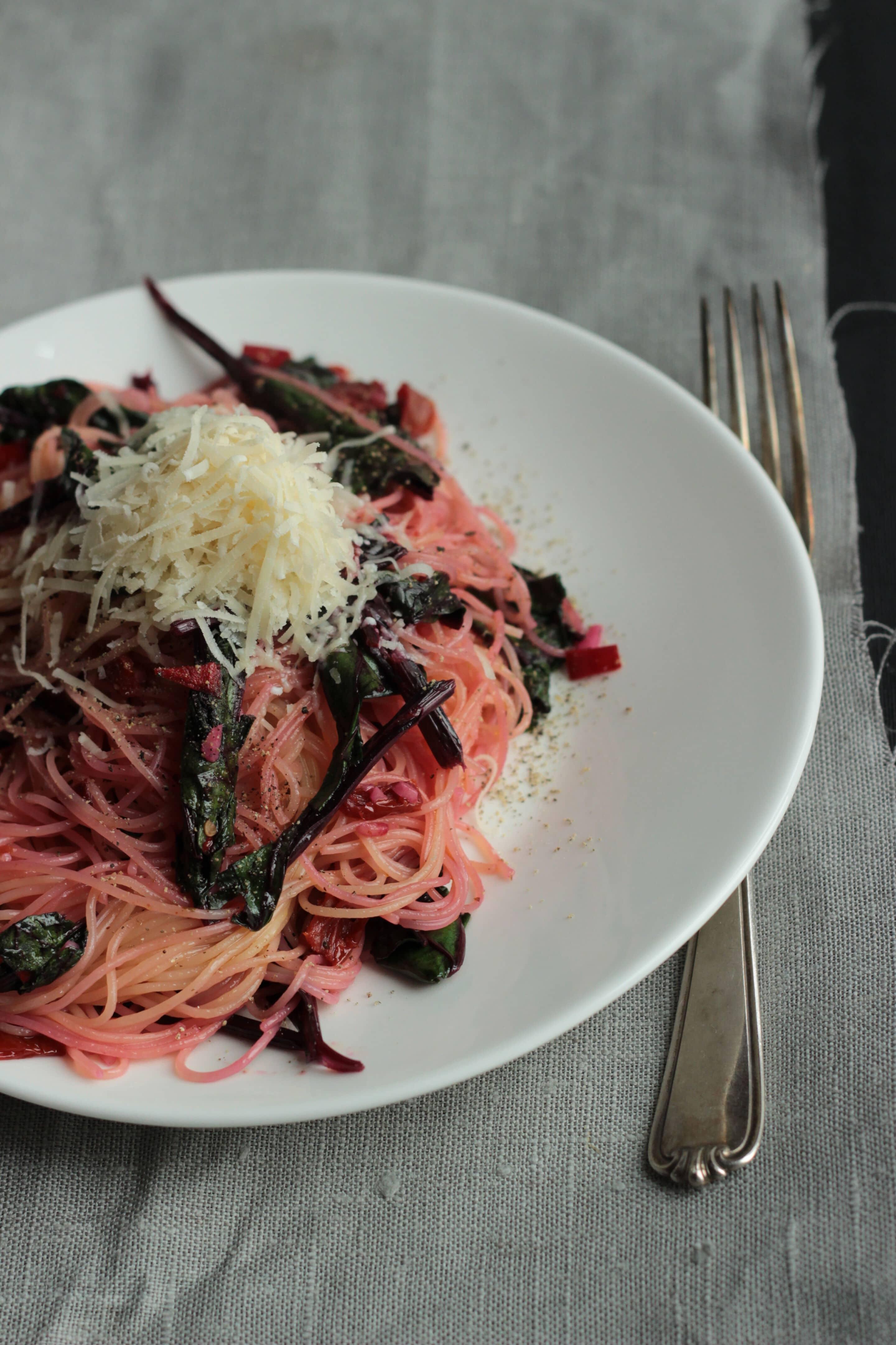 Pasta mit Rote-Bete-Blättern oder #pastaforingeborg die Achte