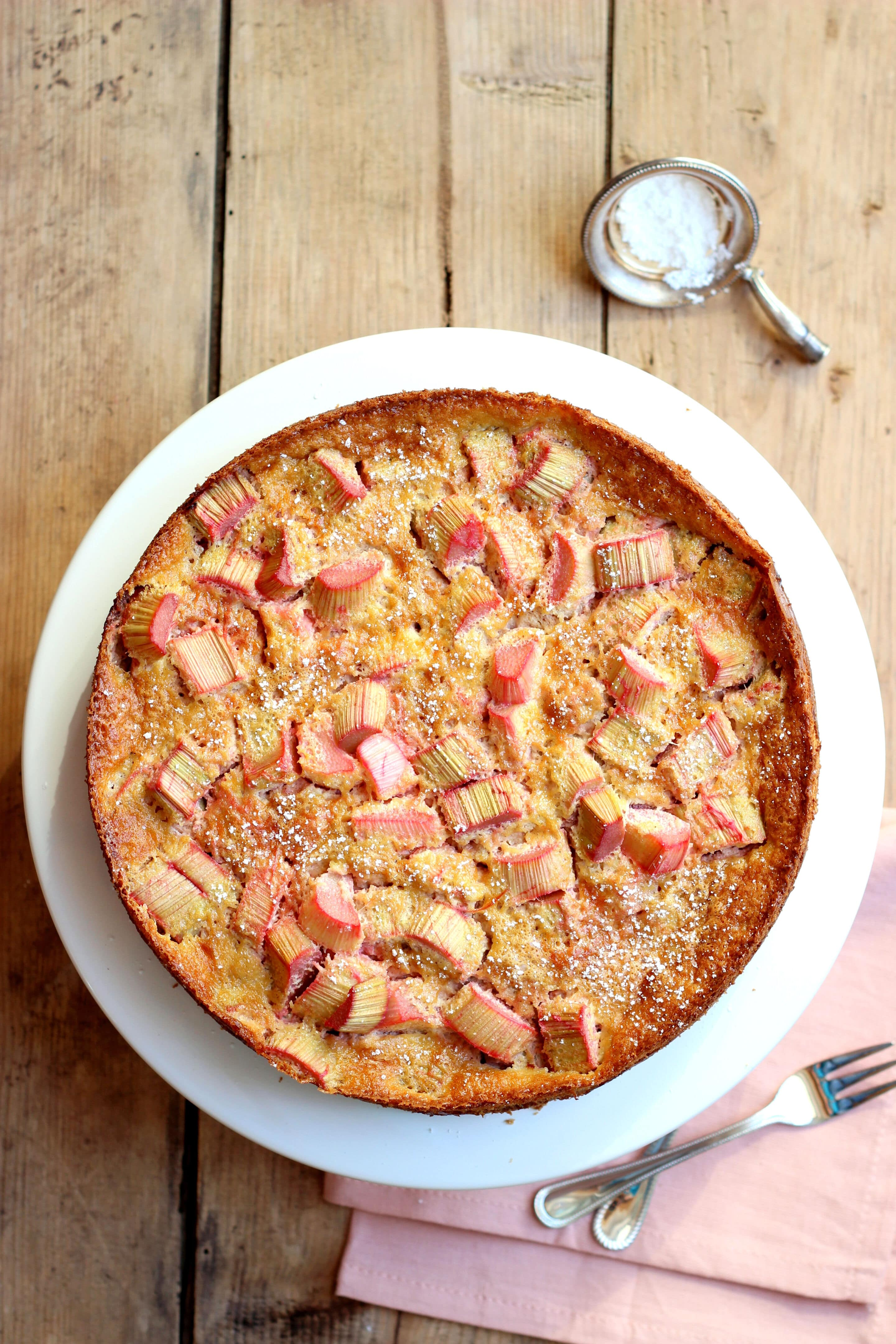 Rhabarberkuchen mit Kokosblütenzucker oder nur ein Kuchen