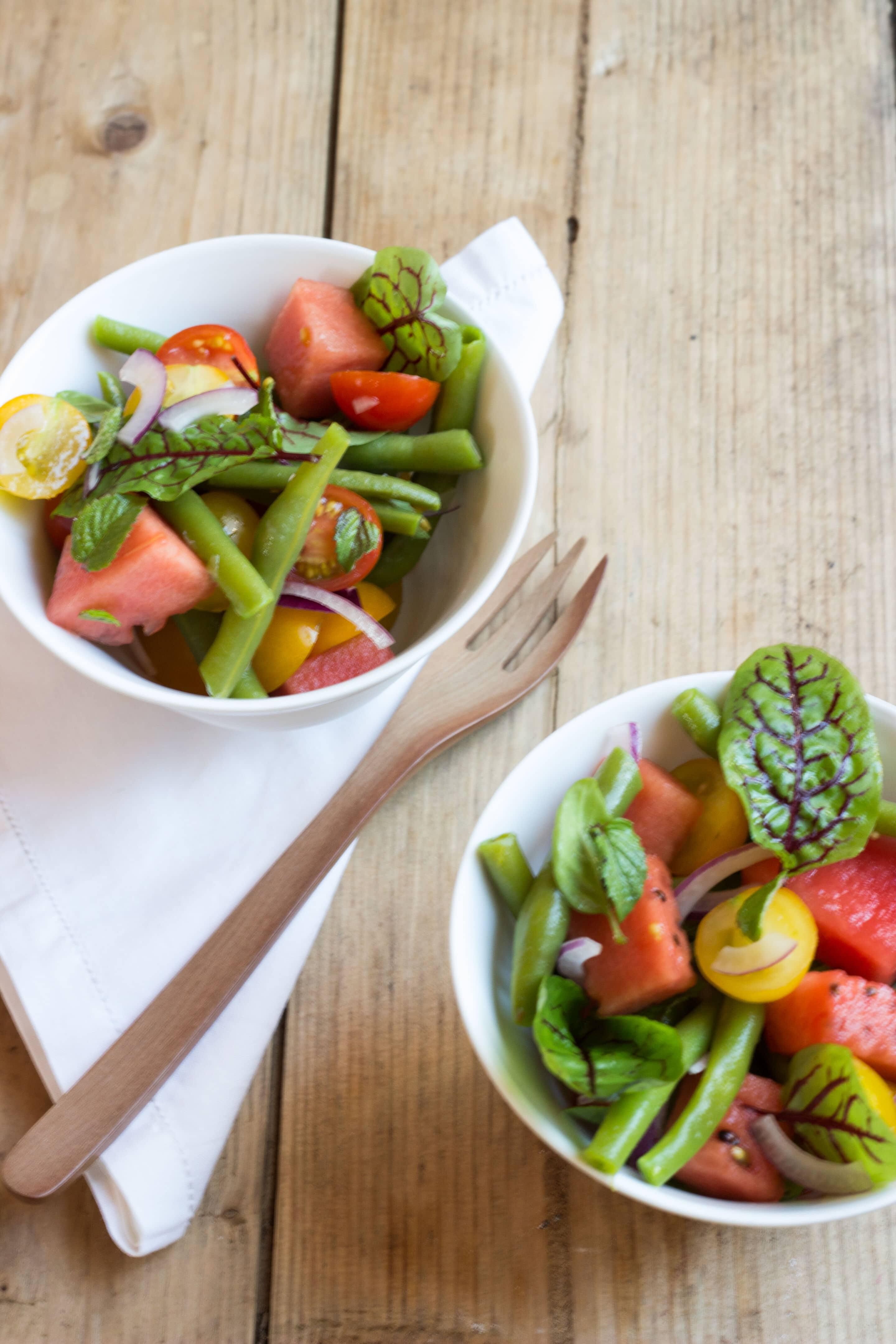 Bohnen-Salat mit Melone, Tomaten und Minze oder Rezepte aus dem Saisongarten Teil 5